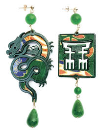 silk-earrings-with-dragon-and-small-green-lacquer