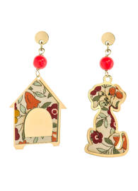 dog-earrings-and-mini-red-doghouse