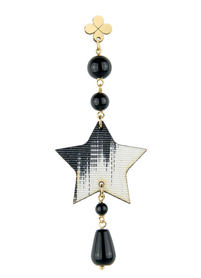 single-star-earring-silk-black
