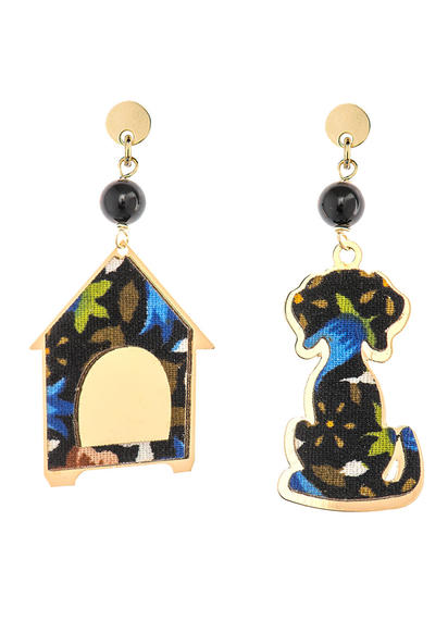 dog-earrings-and-mini-black-doghouse