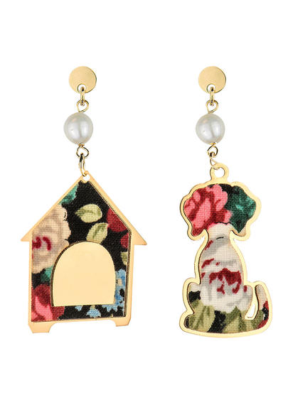 dog-earrings-and-mini-pearl-doghouse