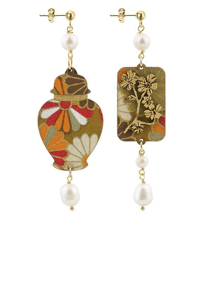 earrings-vase-silk-and-pearl-leather