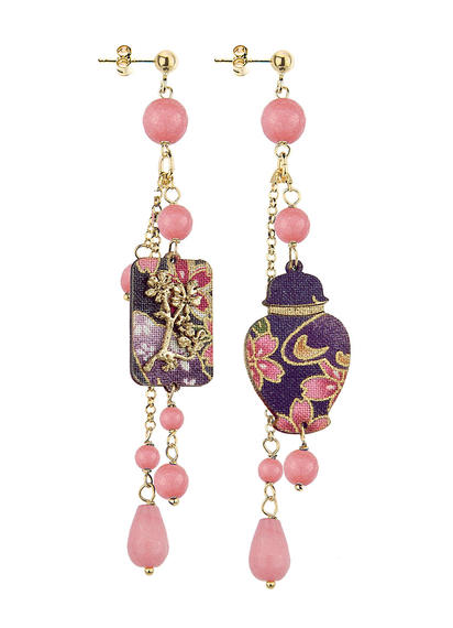 mini-potiche-with-short-pink-pendants