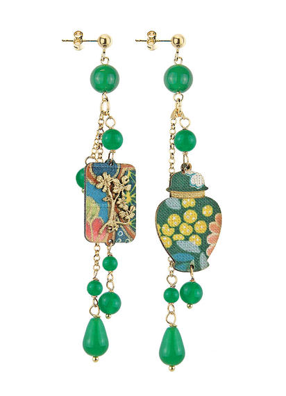 mini-potiche-with-short-green-pendants