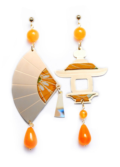 big-orange-silk-and-silver-fan