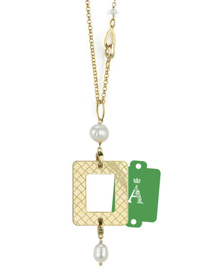 my-frame-green-alphabet-pearl-necklace
