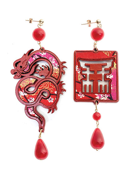 silk-earrings-with-dragon-and-small-red-lacquer-4350