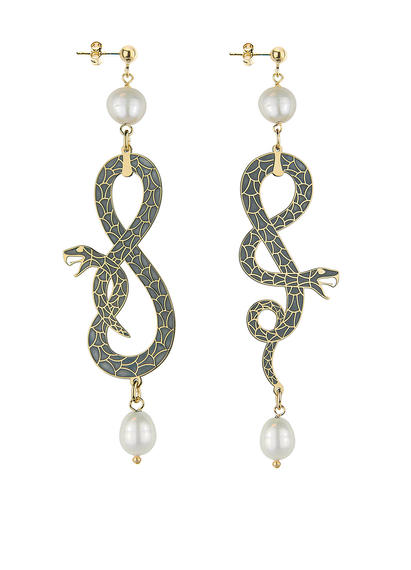 snake-eight-and-coiled-snake-small-pearl-earrings