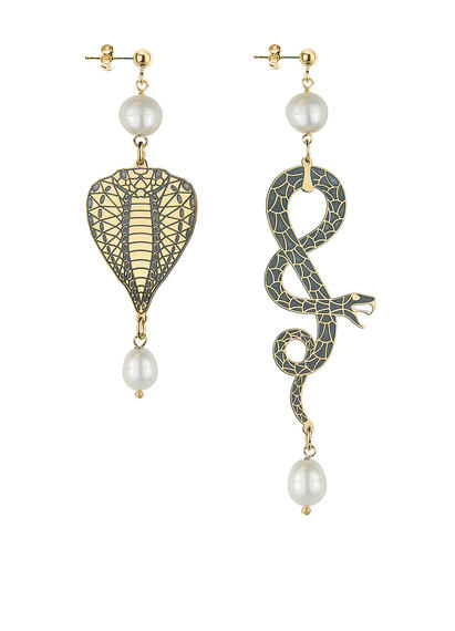 snake-head-and-coiled-snake-small-pearl-earrings