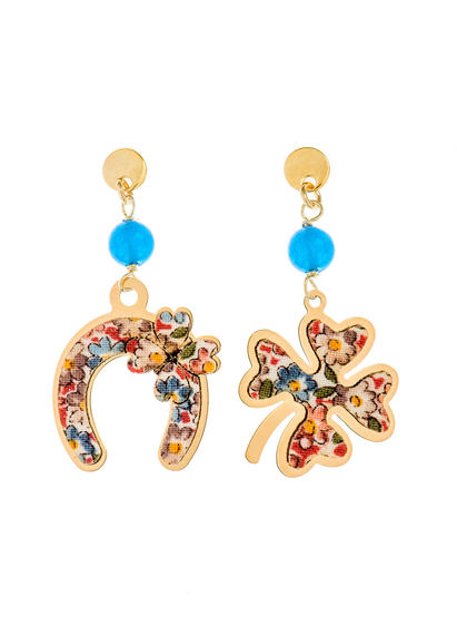 fourleaf-clover-and-mini-light-blue-horseshoe-earrings