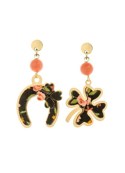 fourleaf-clover-and-mini-faceted-pink-horseshoe-earrings