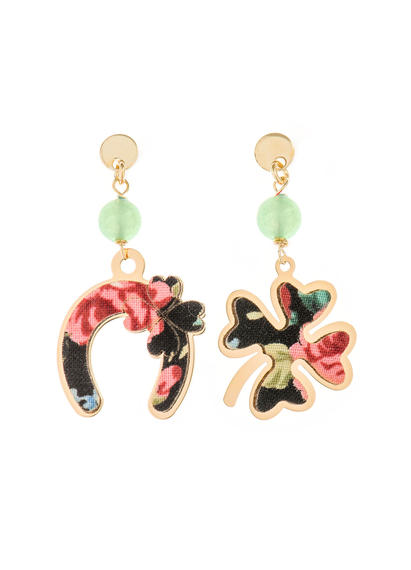 fourleaf-clover-and-mini-green-jade-horseshoe-earrings