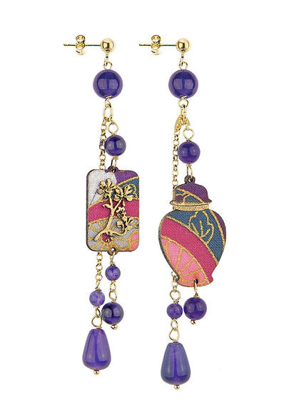 mini-potiche-with-short--violet-pendants