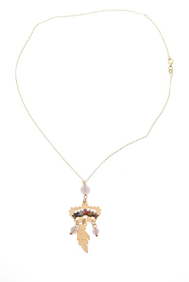 light-pink-crown-pendant-necklace
